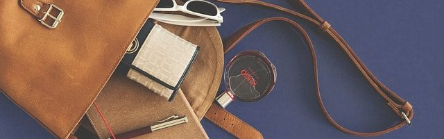 dreamdiary-bag-contents-is-jammed